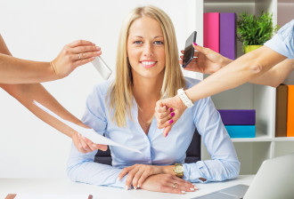 Stressfreie Steuerfachangestellte im Büro