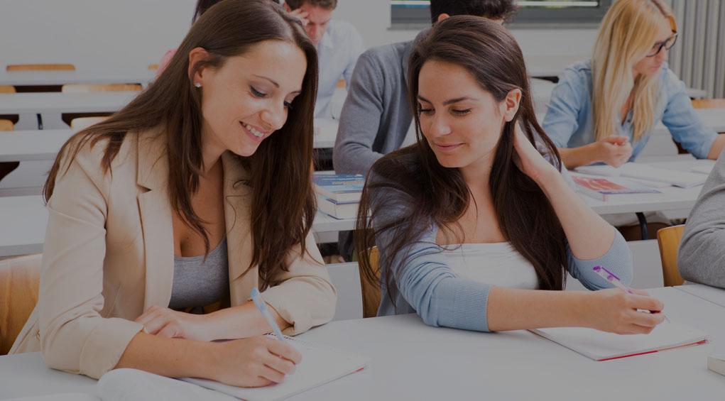 In den bisherigen Artikeln hast Du bereits die drei Hauptfächer in der Berufsschule kennen gelernt. Jetzt bekommst Du einen Überblick über die weiteren Unterrichtsfächer.